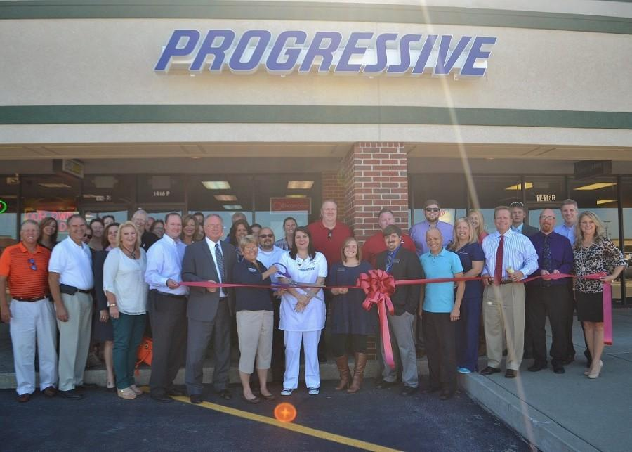 Hutsenpiller Insurance Ribbon Cutting
