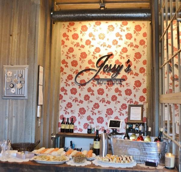 Jessy's Boutique Ribbon Cutting