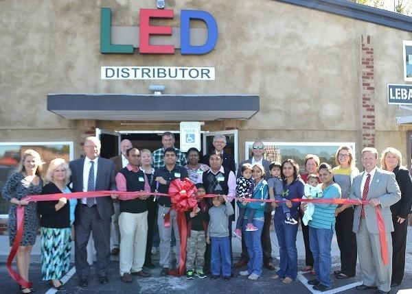 LED worldUSA Ribbon Cutting